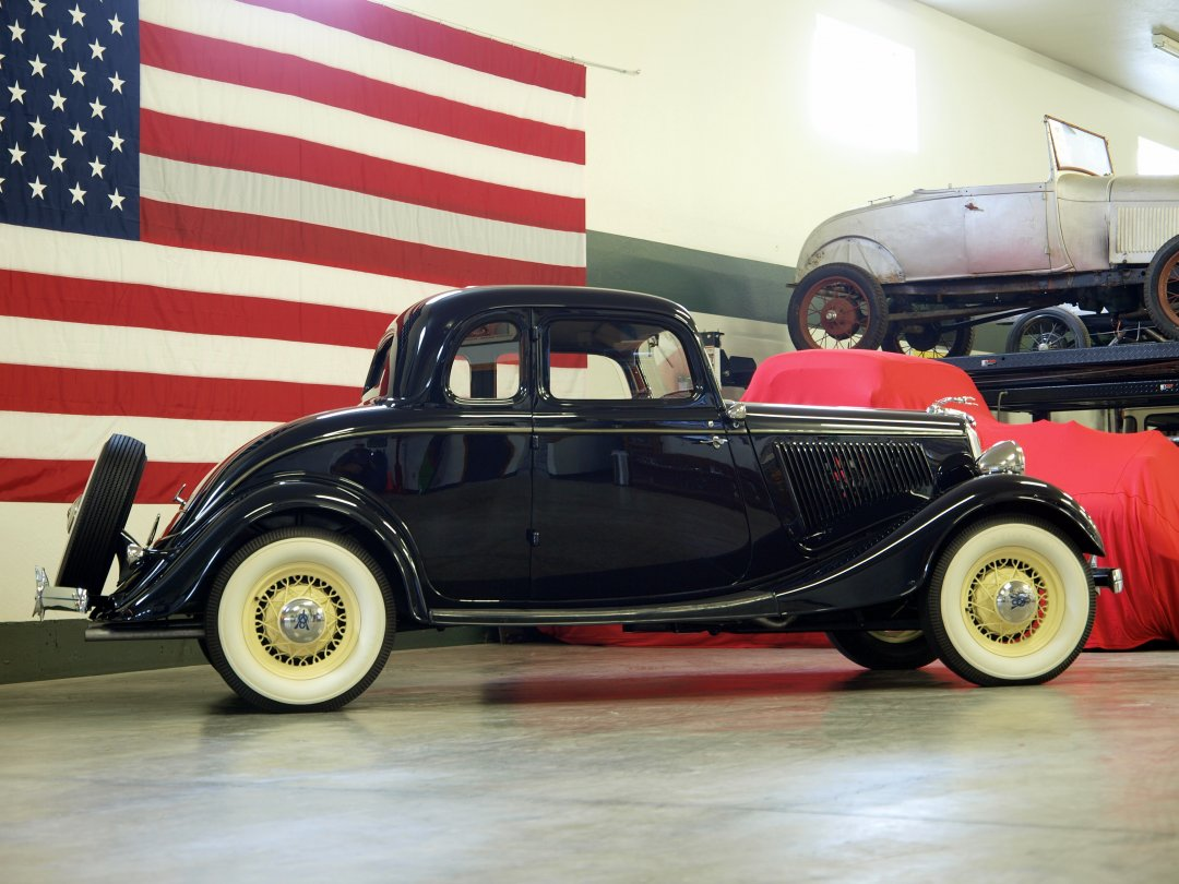 1934 Ford 5 Window Coupe - ADAMCO MOTORSPORTS