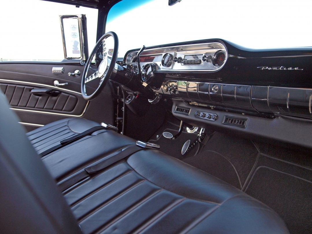 1957 Pontiac Chieftain Adamco Motorsports
