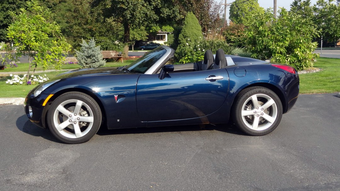 Car That Runs On Air >> 2008 Pontiac Solstice Roadster - ADAMCO MOTORSPORTS