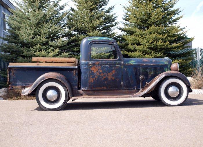 1935 Dodge KC Pickup Side View